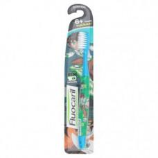 Детская зубная щетка для детей старше 6 лет Fluocaril Ben10