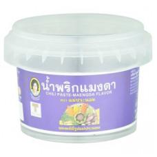 Тайская чили паста со вкусом растения Маенг Да Mae Pranom Brand 90 гр